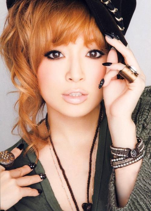 Ayumi-Hamasaki.jpg
